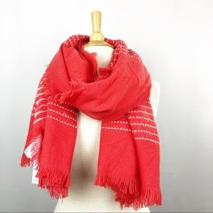 Old Navy NWT fringed blanket scarf wrap